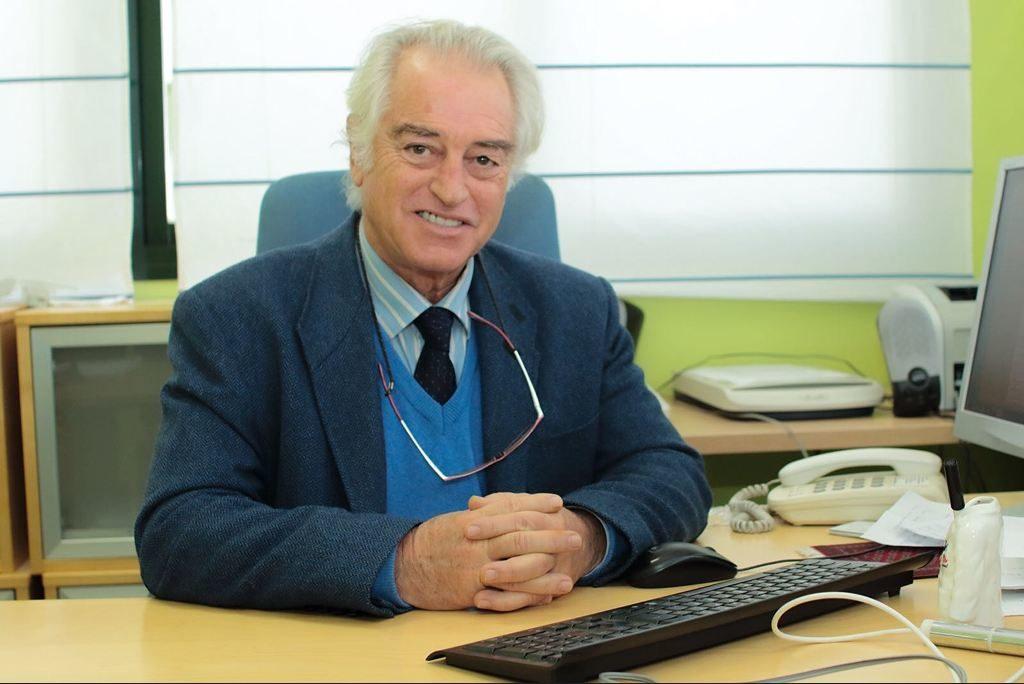 """Conferencia """"Mi experiencia con el Par Biomagnético"""" Dr. Salvador Gutiérrez Rodríguez de Mondelo"""